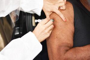 Vacina só será eficaz quando cerca de 70% da população estiver imunizada